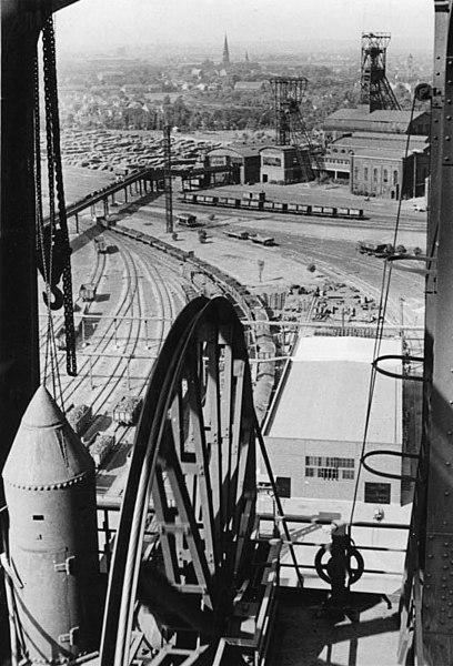 The mine in 1949. Author:Bundesarchiv, Bild 183-R80414CC BY-SA 3.0 de