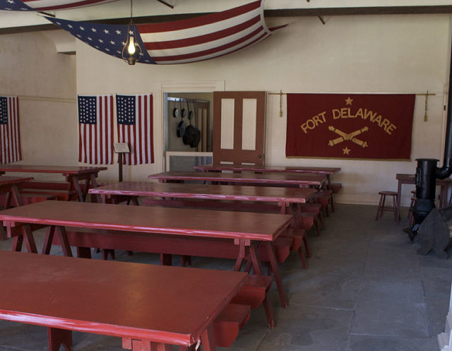 The restored mess hall/ Author:Mpdoughboy153 – CC BY-SA 3.0