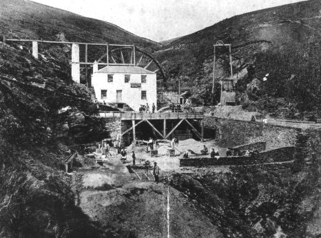 The Snaefell Mine 1900. Author:Unknown – Manx National HeritagePublic Domain