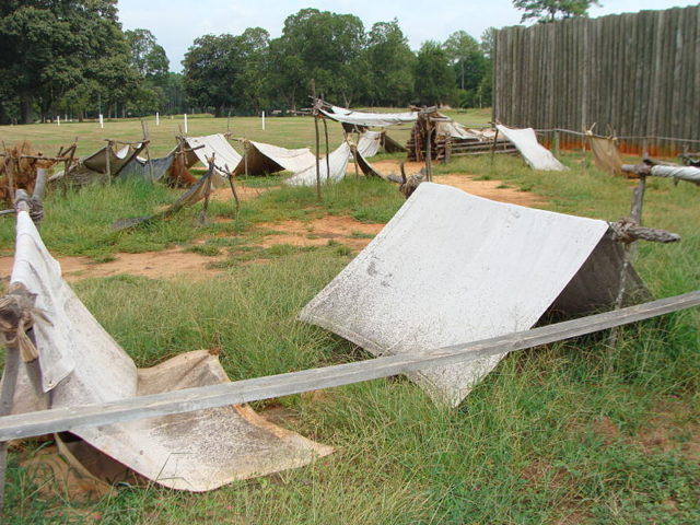 The tents where the prisoners were housed. Author:Tara CooperCC BY-SA 3.0