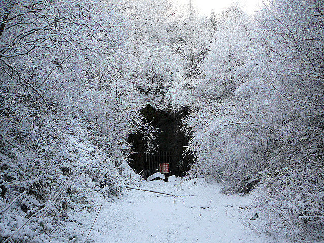 The tunnel during the long winter. Author:Tim GreenCC BY 2.0