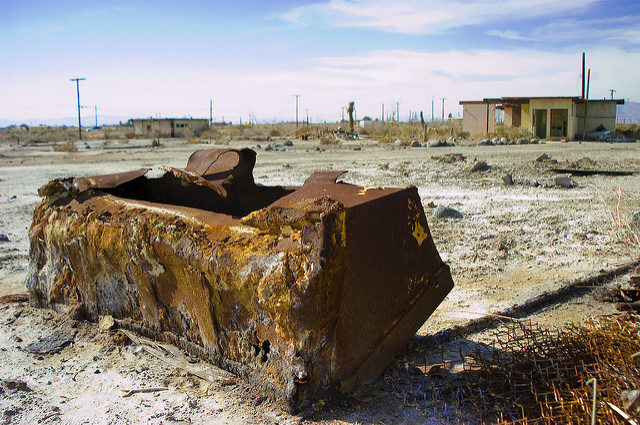 Salty water causes metal to rust faster. – Author: mst7022 – CC BY 2.0