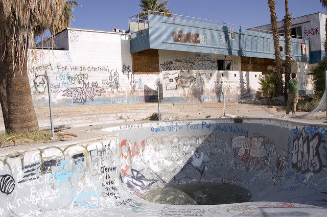 Abandoned pool resort are.- Author: mst7022 – CC BY 2.0