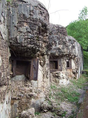 Block 8 was damaged in 1944/ Author: Nicolas Bouillon – CC BY-SA 3.0