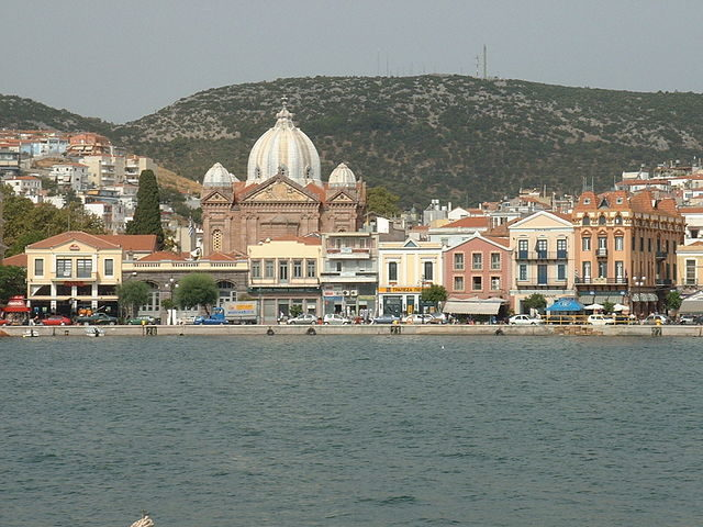 The port/Author: Renaudaki – CC BY-SA 3.0
