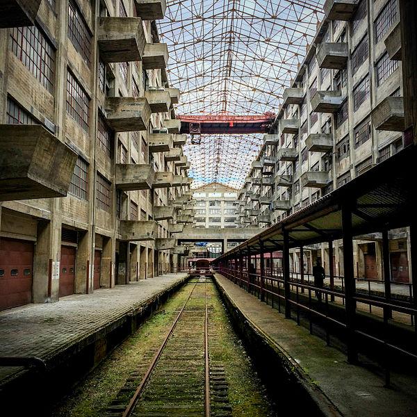 Abandoned railway tracks. Author:JelloMistressCC BY-SA 4.0