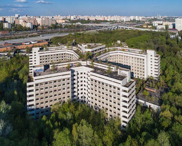 Arial photograph of the hospital/ Author:A.SavinFAL