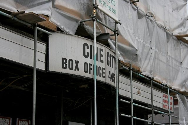Close-up of the Cine City sign/ Author: Mike PeelCC BY-SA 4.0