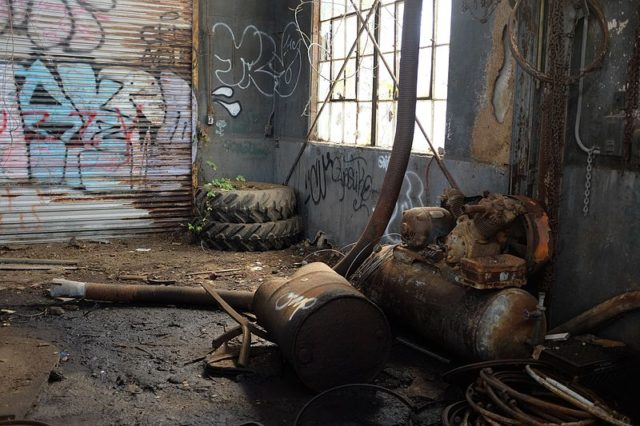 In one of the buildings located inside the fort/ Author:Ethan WolffCC BY 2.0