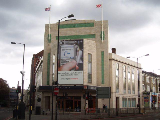 Rainbow Theatre,known as the Astoria Theatre in Finsbury Park. Author:Ewan Munro – CC BY-SA 2.0