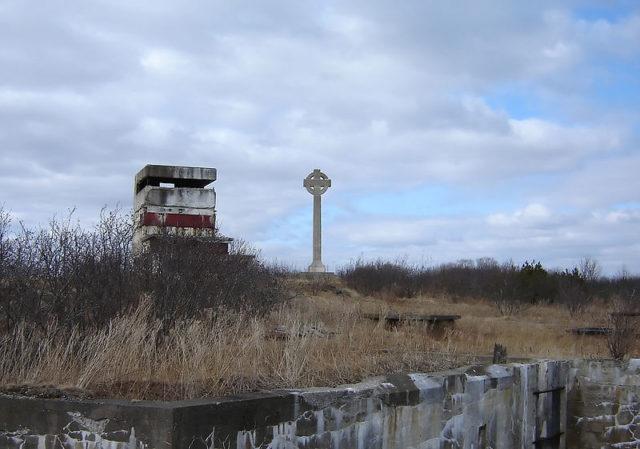 The Celtic Cross Memorial/ Author:Ian MackenzieCC BY 2.0