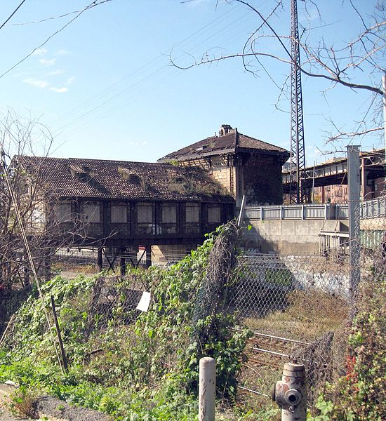 Westchester Avenue Station: A Decaying Piece Of History