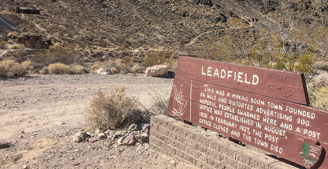 Leadfield sign – Author: Chris Brooks – CC BY 2.0
