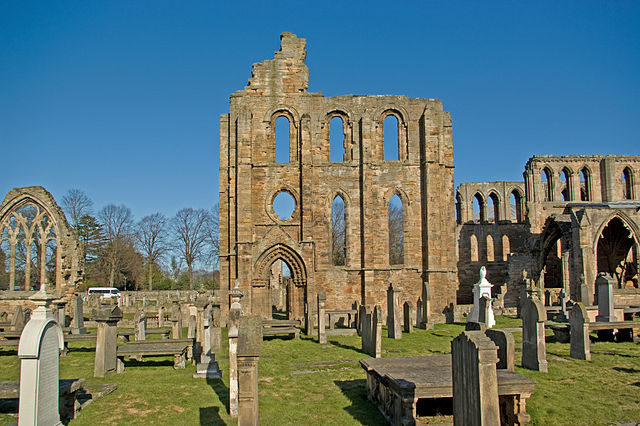 South wall of the south transept. Author: Billreid – CC BY-SA 3.0