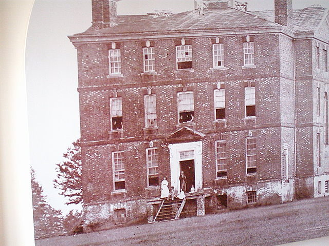 The mansion in 1900