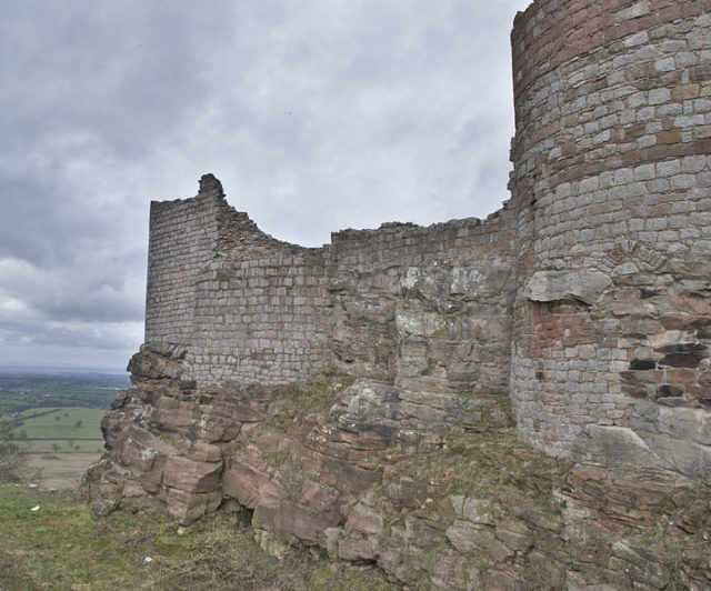 Demolished part of the castle. Author:BeritCC BY 2.0