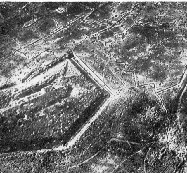 Fort Douaumont after the battle/ Author:German Government, Department of photos and film
