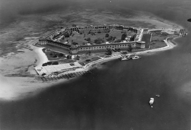 Old photo of Fort Jefferson/ Author: U.S. Department of the Interior, National Park Service
