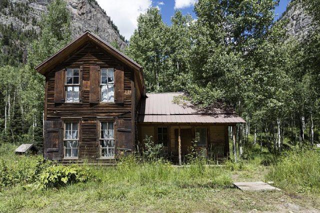 One of the houses at Crystal City. Author:Carol M. HighsmithPublic Domain