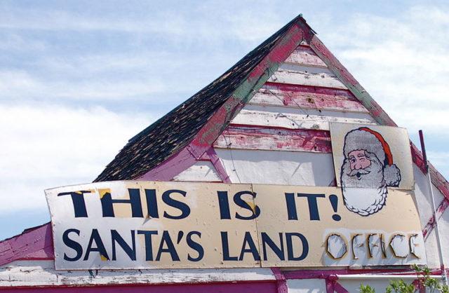 Santa Land. Author:Todd HuffmanCC BY 2.0
