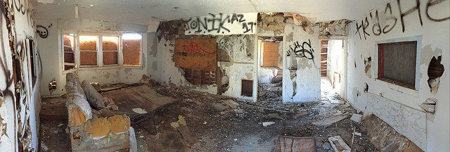 The interior of one of the buildings. Author:Ben ChurchillCC BY 2.0