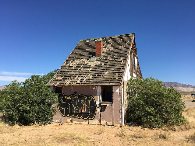 Vacant and forgotten. Author:Ben ChurchillCC BY 2.0