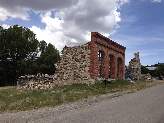 Ruins in Belmont, Nevada – Author: Famartin – CC BY-SA 4.0