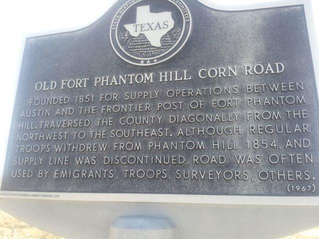 Fort Phantom Hill plaque/ Author:Pi3.124 – CC BY-SA 3.0
