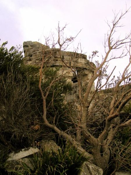 Part of the lighthouse ruins. Author:DVernon