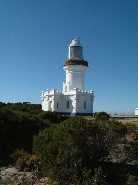 Point Perpendicular Lighthouse. Author:Kaptain Kobold –CC BY 2.0