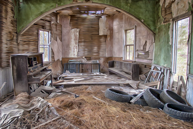 The interior of the abandoned church. Author:Patrick EmersonCC BY-ND 2.0