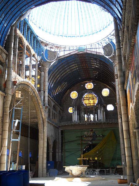 The interior of the cathedral. Author:Cruccone –CC BY 3.0