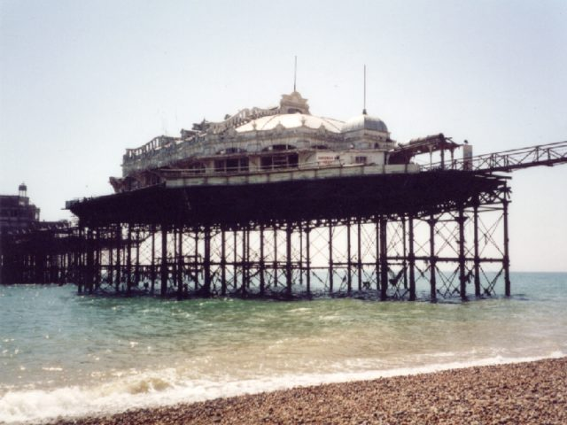 The way the pier looked in 2001. Author:Dan TaylorCC BY 2.0