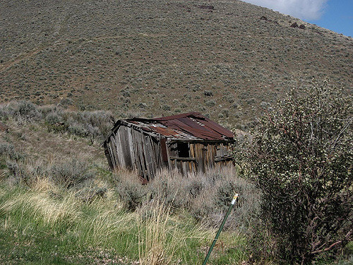 An old cabin, Unionville, Nevada – Author: Ken Lund – CC BY 2.0
