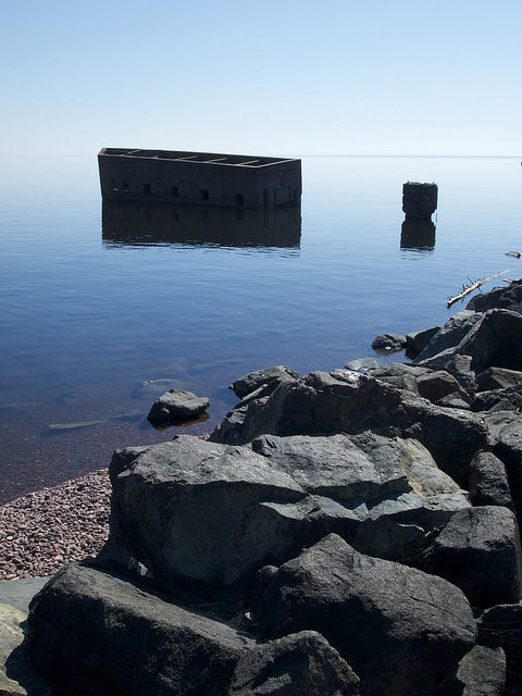 Uncle Harvey's Mausoleum or The Cribs, Duluth US – Author: Stew Dean – CC BY 2.0