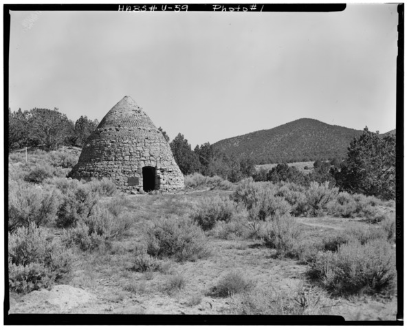 Beehive charcoal kiln at Iron City August, 1968