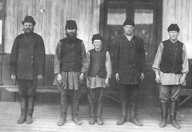 Photo of some Polish immigrants. Author:Archivo General de la Nación Argentina