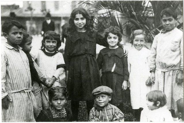 Some of the immigrants children. Author:Archivo General de la Nación Argentina
