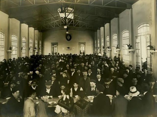 The dining hall inside the Hotel de Inmigrantes. Author:AGN Argentina
