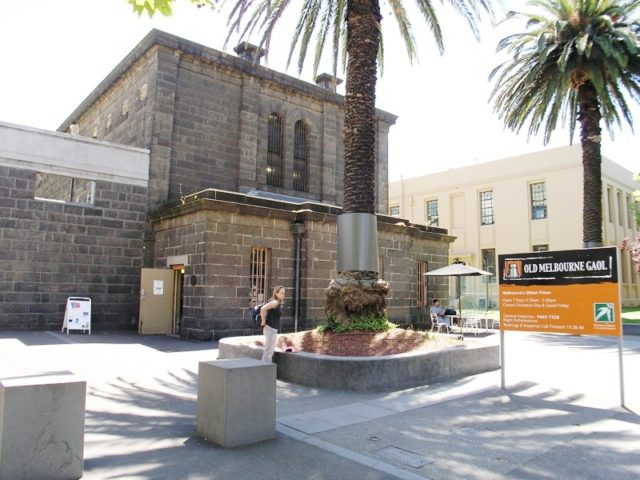 The Old Melbourne Gaol. Author:Charlie Brewer –CC BY-SA 2.0