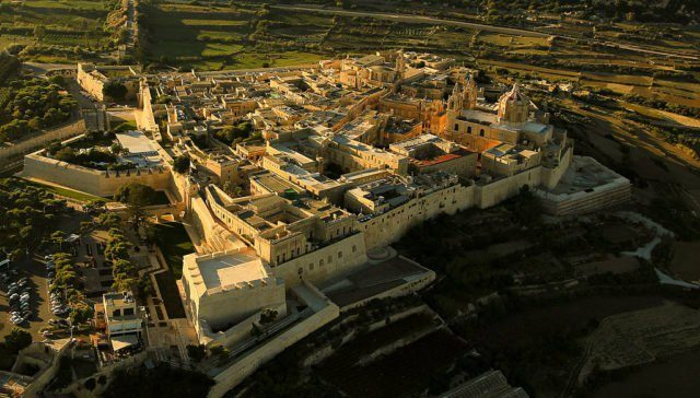 Aerial view of the city of Mdina, Malta. The city was used as King's Landing filming locationin season one Photo Credit:Reuv1 CC BY-SA 3.0