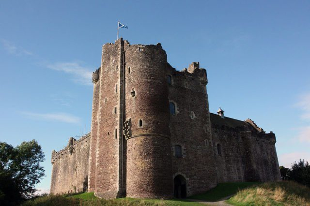 """Doune Castle: Medieval stronghold in the Stirling district of central Scotland. It was previously seen in """"Monty Python and the Holy Grail."""" Wikifan75 CC BY-SA 3.0"""