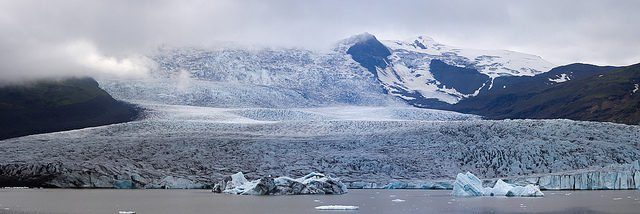 Vatnajökull is Europe's largest glacier, covering almost 8,100 sq. km and almost 1,000 m thick at its thickest point. Photo Credit:Simon Bonaventure CC BY-NC 2.0