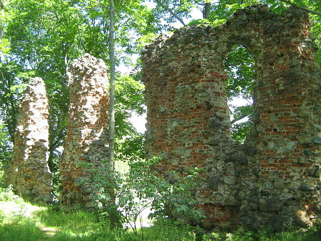 Remains of the eastern wall of the convent building