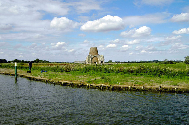One of the most recognizable landmarks in Norfolk/ Author: Richard Robinson – CC BY-SA 2.0