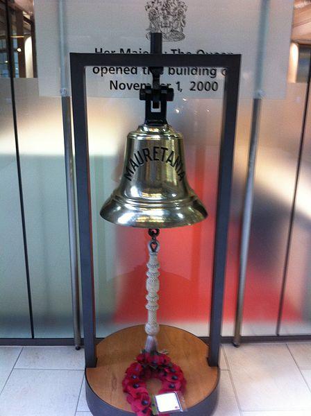 The ship's bell. Author:Richardkalas –CC0