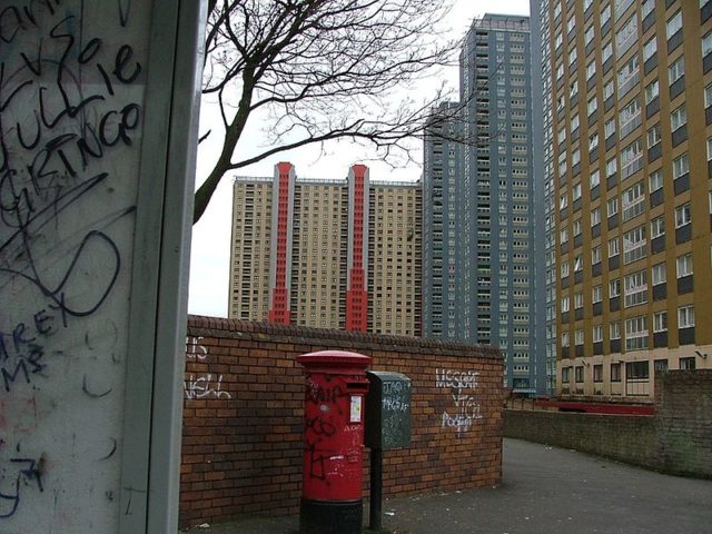 View of the Red Road flats. Author: Nico Hogg – CC BY 2.0