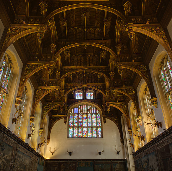 Great Hall's ceiling. Author:Diliff –CC BY 3.0