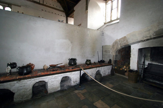 Part of one of the kitchens. Author:Cronwood–CC BY-SA 3.0