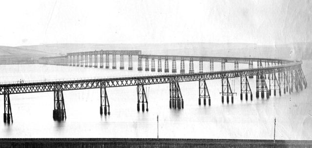 The bridge before the collapse.